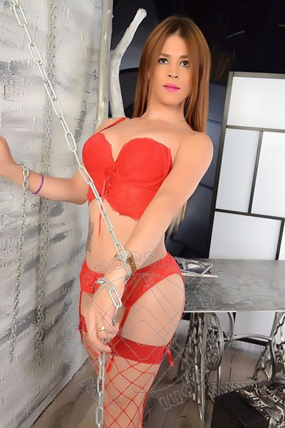 Katerin  GENOVA 3881874903