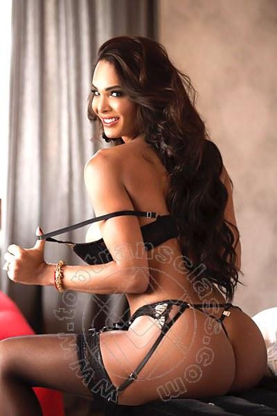 Bruna Neves  BOLOGNA 3298892689
